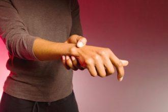artrite-reumatoide-sintomi-cure-terapia