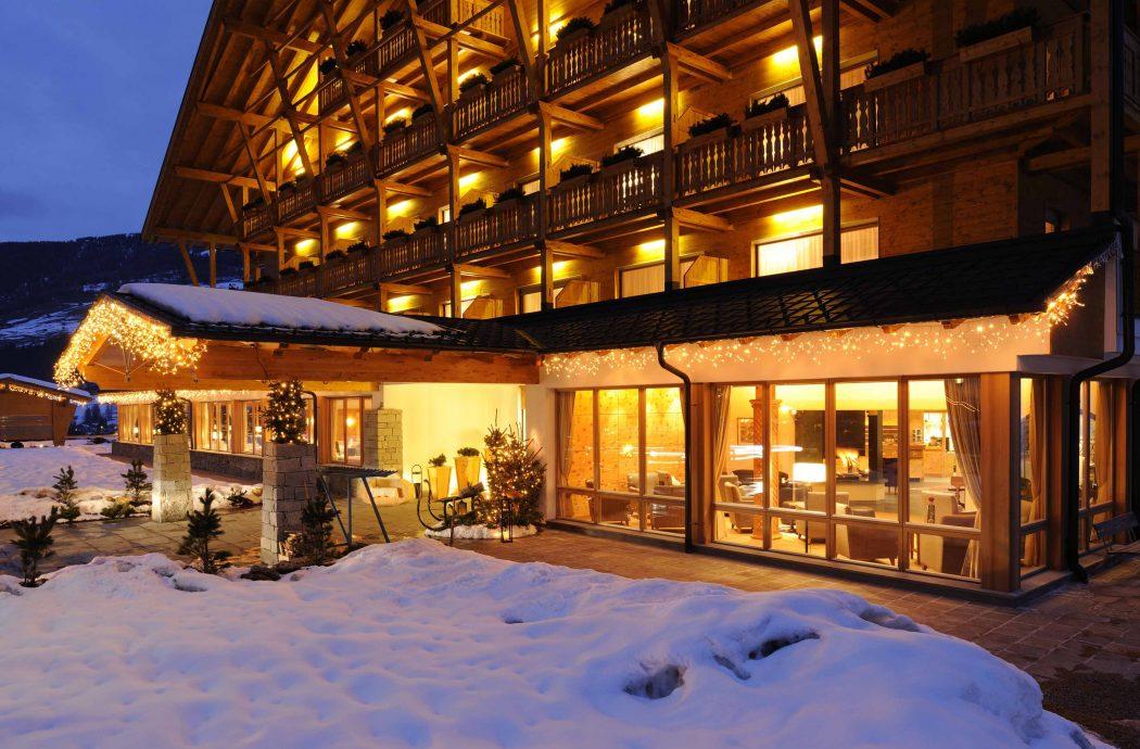 Vivere la magia del natale nella val fiscalina voglia di for Hotel val fiscalina