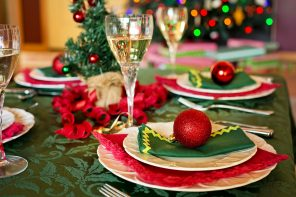christmas-table-1909796_1920