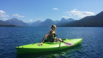 kayaking-918464_1920