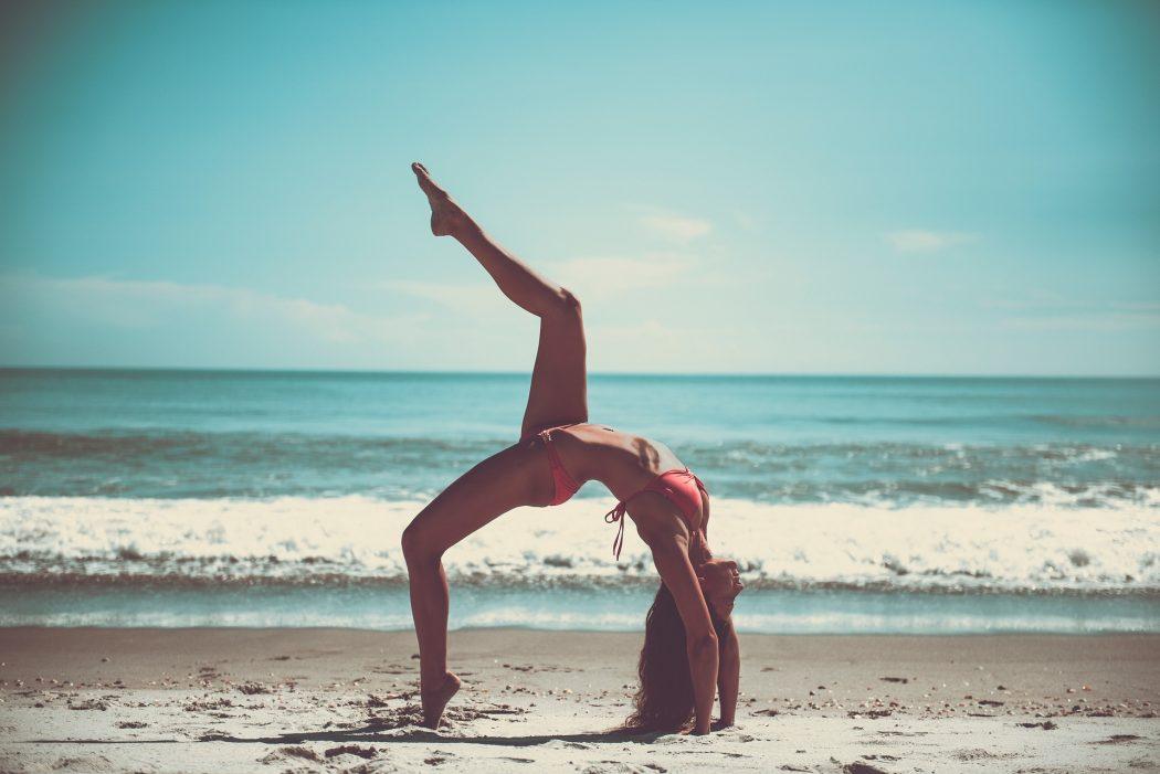 yoga-2607017_1920