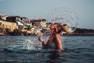 water-splash-with-hair-2023509_1920