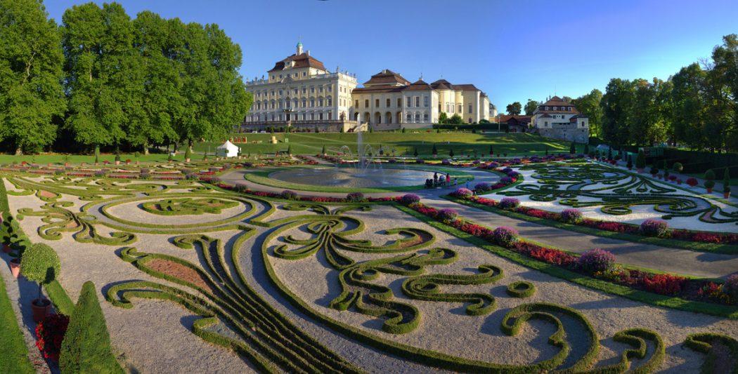 BlüBa_Nordseite-Residenzschloss_Copyright_Tourismus-Events-Ludwigsburg_Mende
