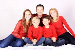 family-1023036_960_720