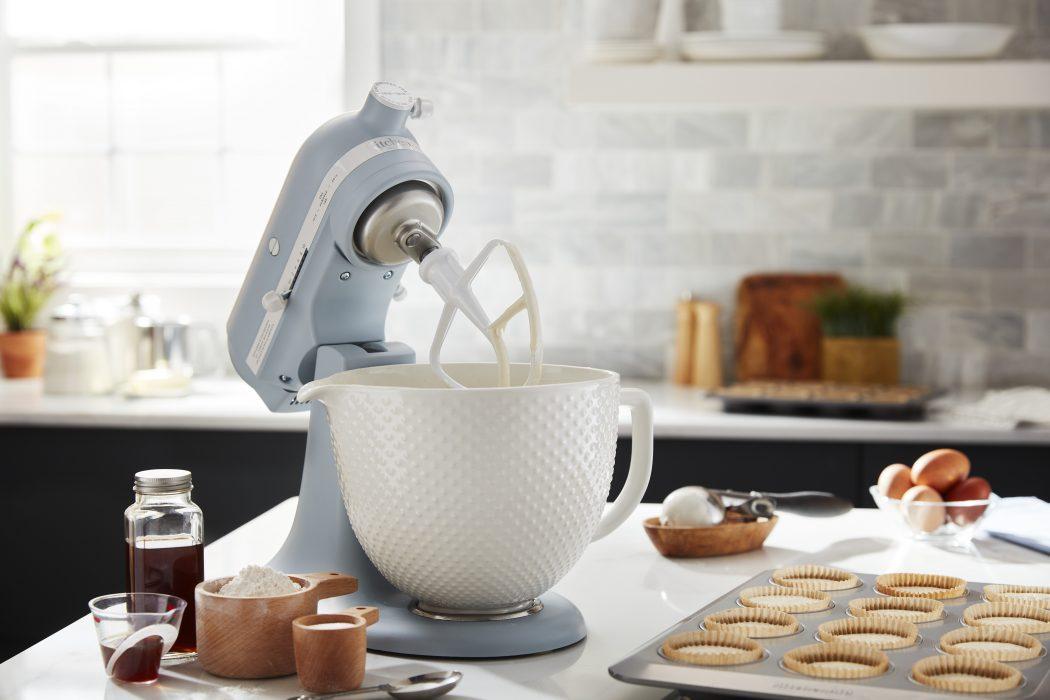 KitchenAid celebra 100 anni di passione in cucina con una Limited ...