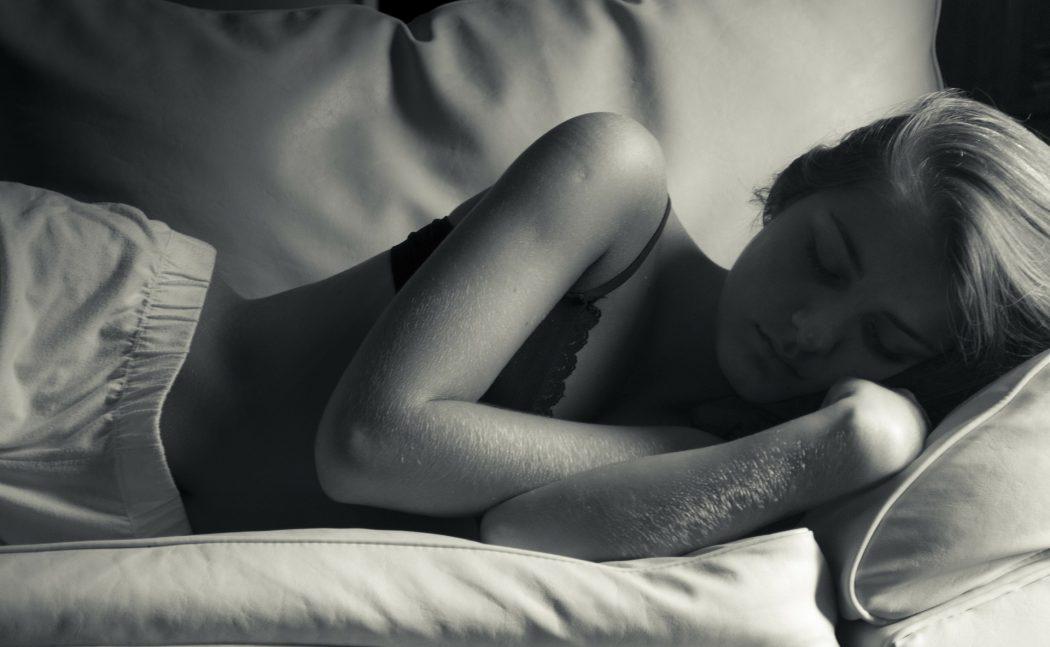 sleep-264475_1920